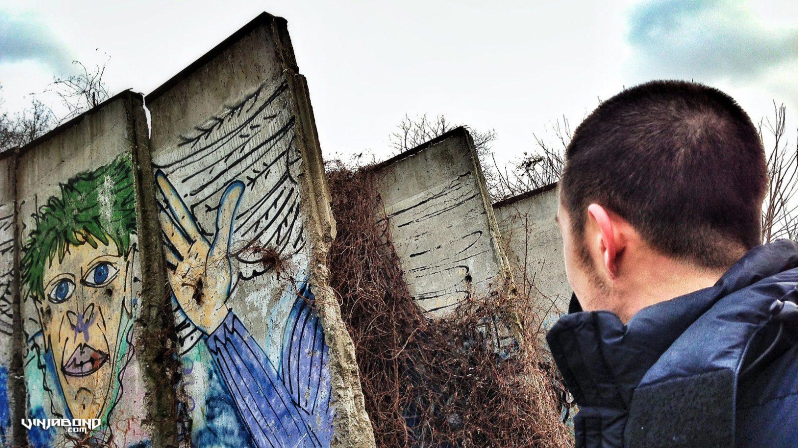 Remnants of the Berlin Wall in Germany /// Vagabonding - VINJABOND