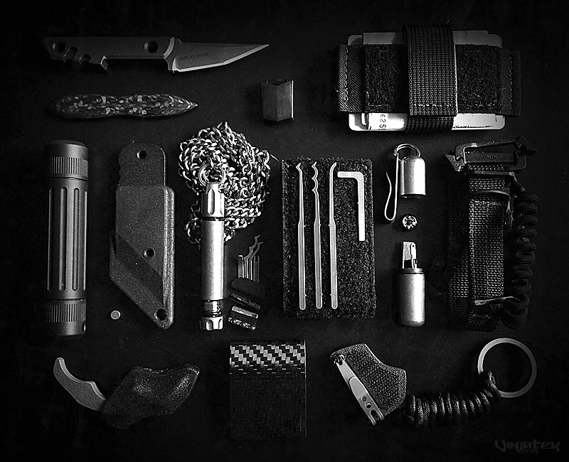 Covert Operator Travel EDC + SERE Gear Kit - Vinjatek