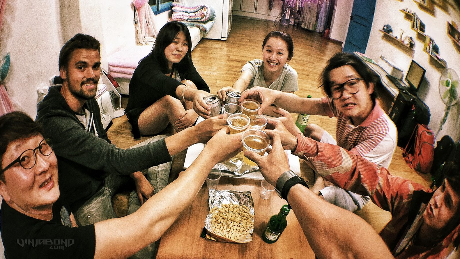 Backpackers at Peter Pan Hostel in Andong, Korea // VAGABONDING
