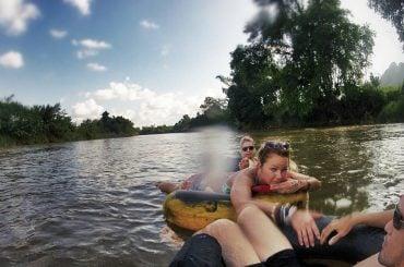 River Tubing in Vang Vieng // Vinjatek