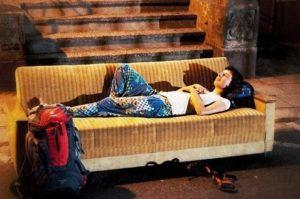 Hotel Alternatives: Couchsurfing