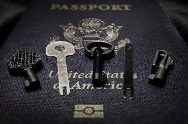 Handcuff Keys for World Travel /// Vinjatek