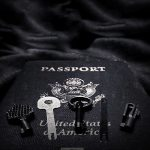 Handcuff Keys for Travel /// Vinjabond