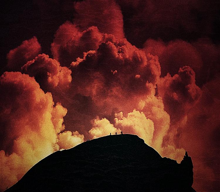 Before I Die... watch a volcano erupt /// Vinjabond