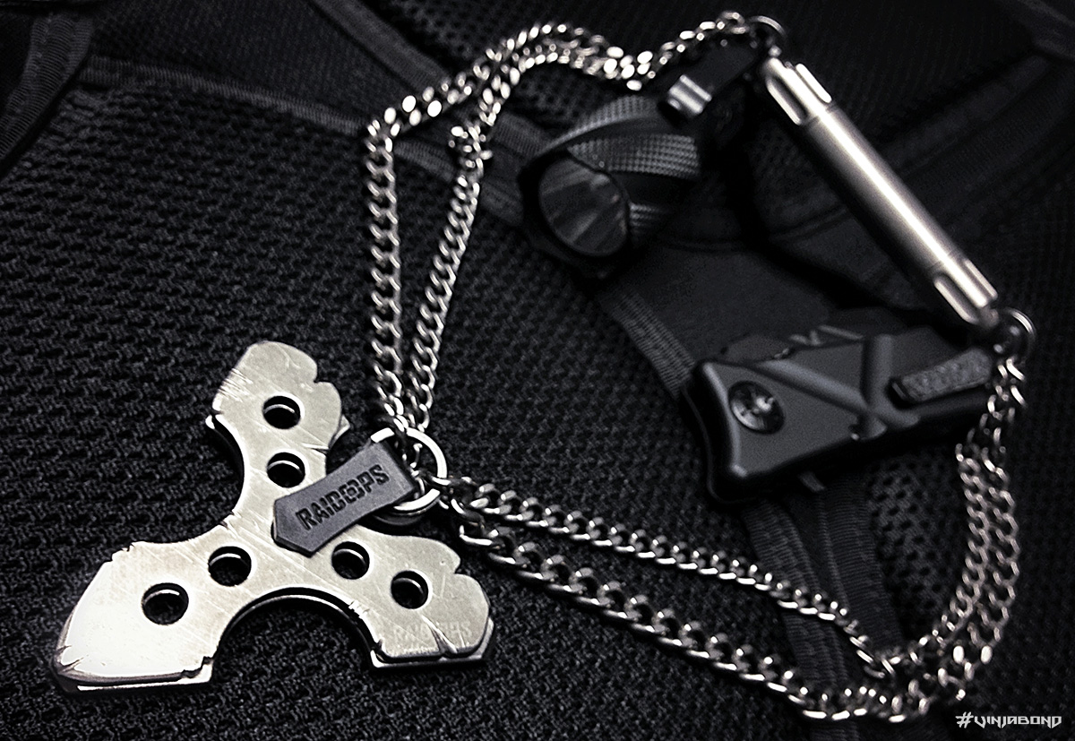 - Stealth Combat Necklace / Fully Equipped Mode -