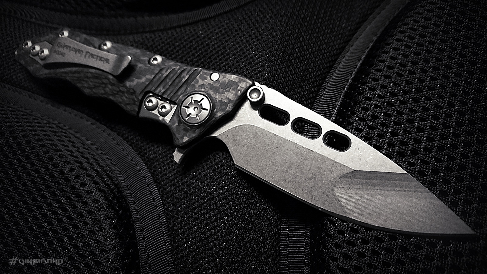 Guardian Tactical Helix Nano Knife /// Right View