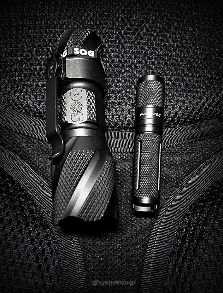 Fenix E05 w/ SOG Dark Energy Flashlight Comparison ///