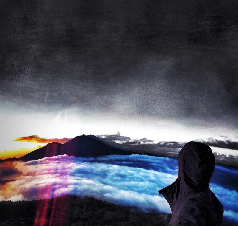 Trekking Mount Batur Volcano /// Vinjabond