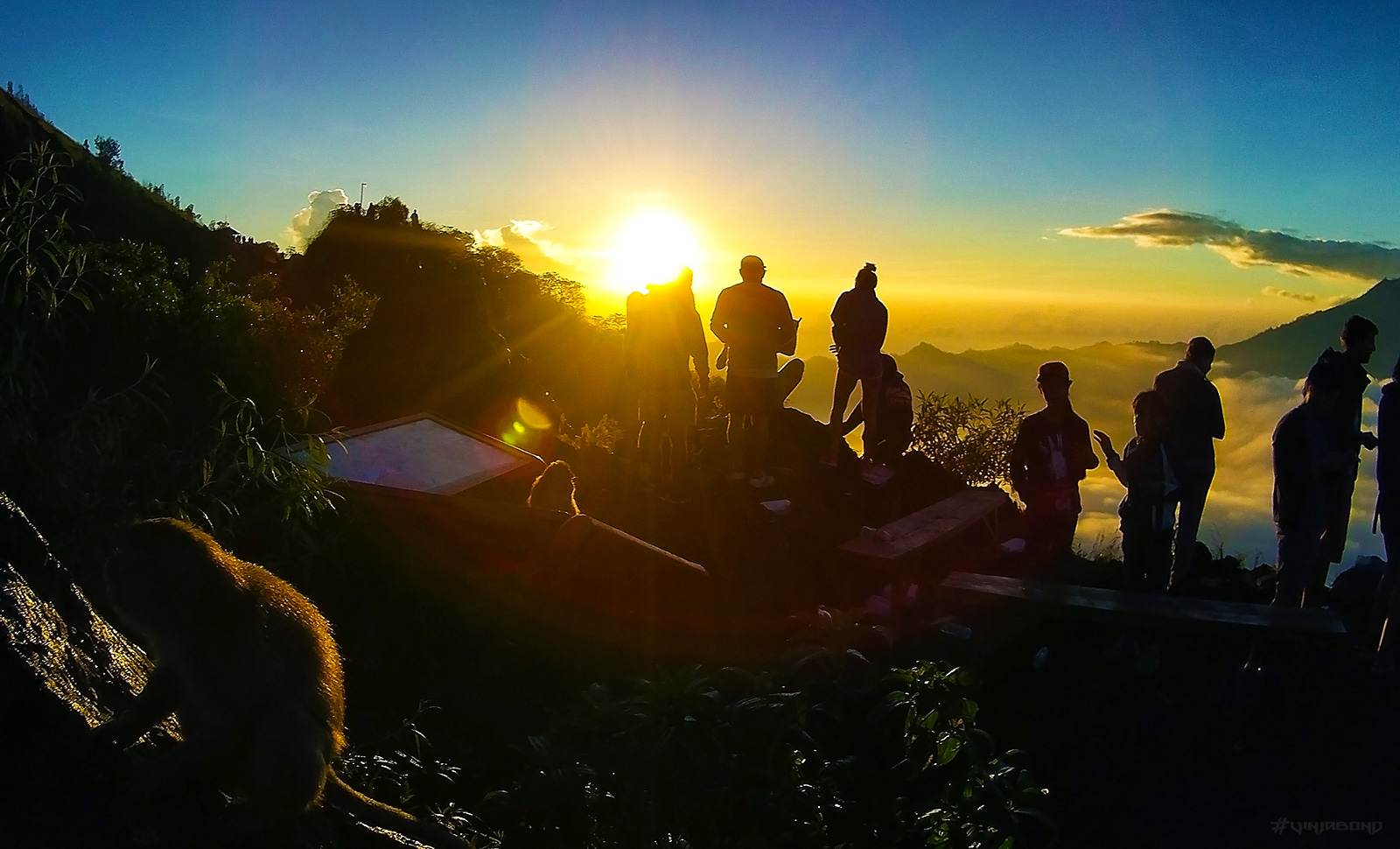 Mount Batur with Friends at Sunrise /// Vinjabond
