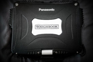 EDC KIT: Black Cobra CF-19 Toughbook Laptop /// VINJABOND
