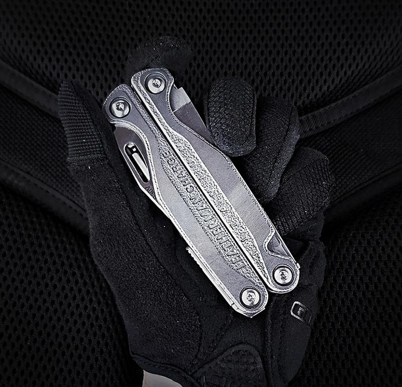 Leatherman Charge TTi Multi-Tool /// VINJABOND