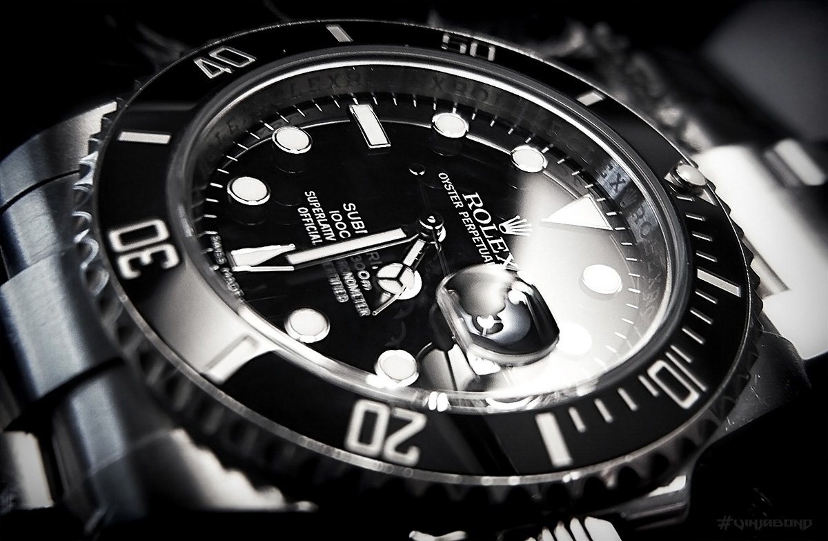 Rolex Submariner 116610 Cyclops Closeup Macro /// VINJABOND
