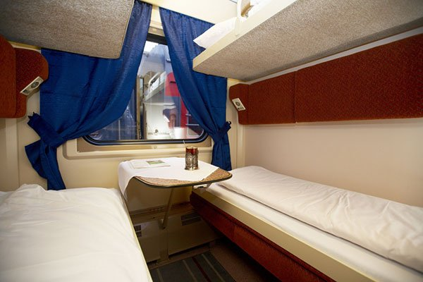 Trans-Siberian Railway Second Class Seats /// VINJABOND