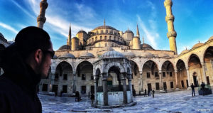 The Blue Mosque in Istanbul, Turkey /// Vinjatek