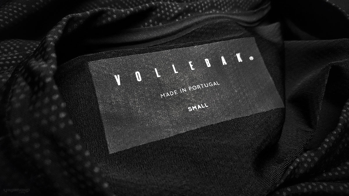 Condition Black Ceramic T-Shirt Tag ///
