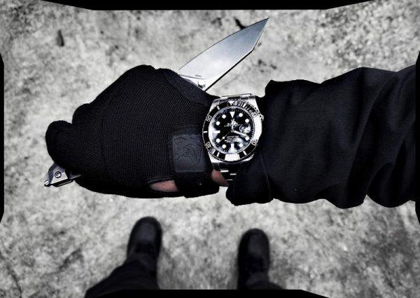 Covert Operative Training Wristgame of Vinjatek /// Vagabonding