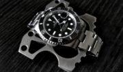 Rolex Submariner and Titanium Brass Knuckles /// Vinjatek