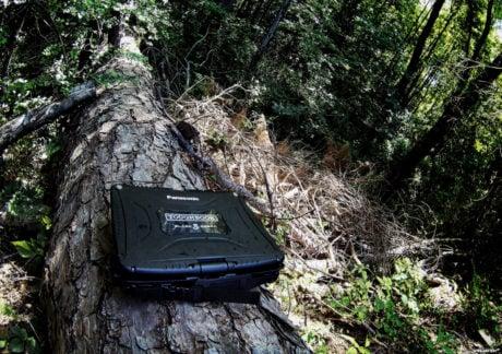 Black Cobra Panasonic Toughbook CF-19 /// Vinjatek