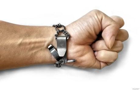 Covert SERE Escape Survival Bracelet Tools /// Vinjatek