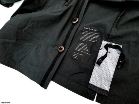The Vollebak Planet Earth Shirt: Tag and Hanging Loops /// Vinjatek