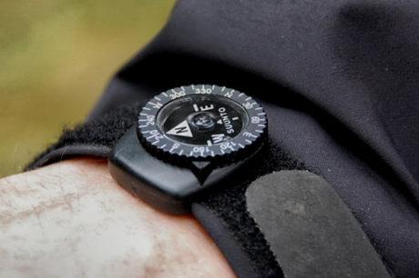 Gear Shop /// Suunto Clipper Compass