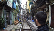 Hanoi Train Street in Vietnam /// Vinjatek