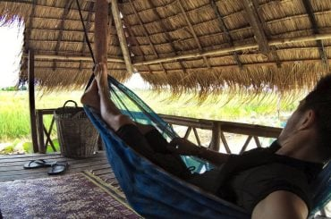 Chilling on a hammock in a bungalow in Vietnam /// Vinjatek