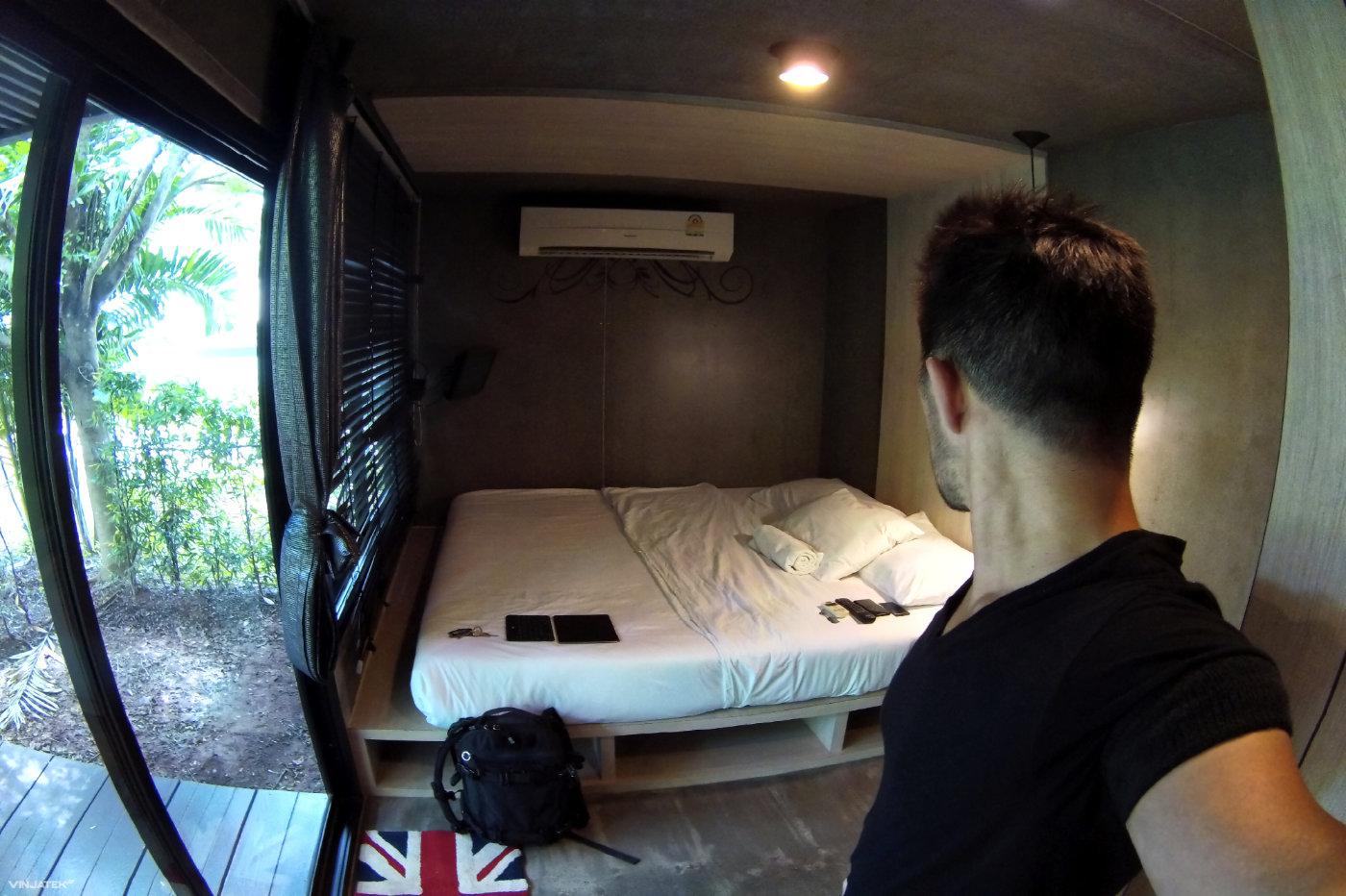 Hotel at The Thailand / Cambodia Border /// Vinjatek