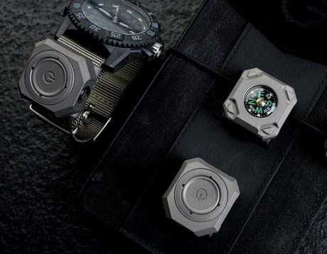 MecArmy CPL Titanium Watchband LED Flashlight
