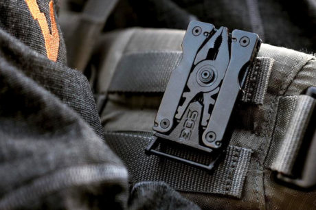 SOG Sync Belt Buckle Tool /// The Gear List