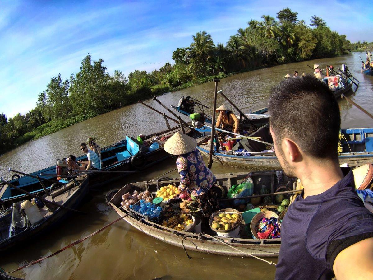 Boat Ride Through The Mekong Delta River in Vietnam /// Vinjatek