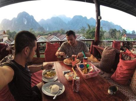 Lunch in Vang Vieng, Laos /// Vinjatek
