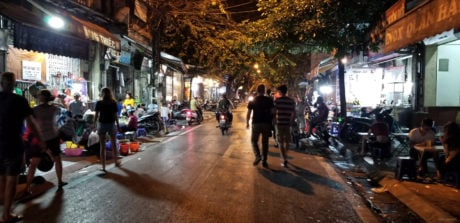 How to be Street Smart and Urban Survival @ Hanoi, Vietnam /// Vinjatek
