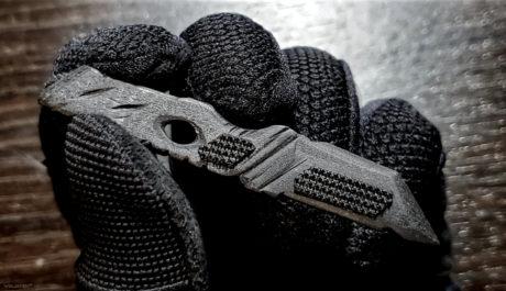 """Graphene / Carbon Fiber Knife w/ """"Shifting"""" Holster Kit"""